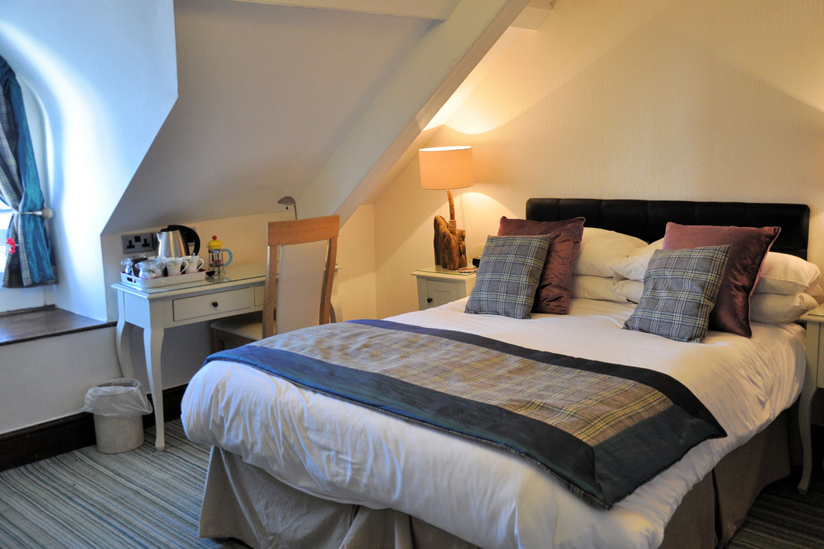 Llety Teifi - residential driving school accommodation